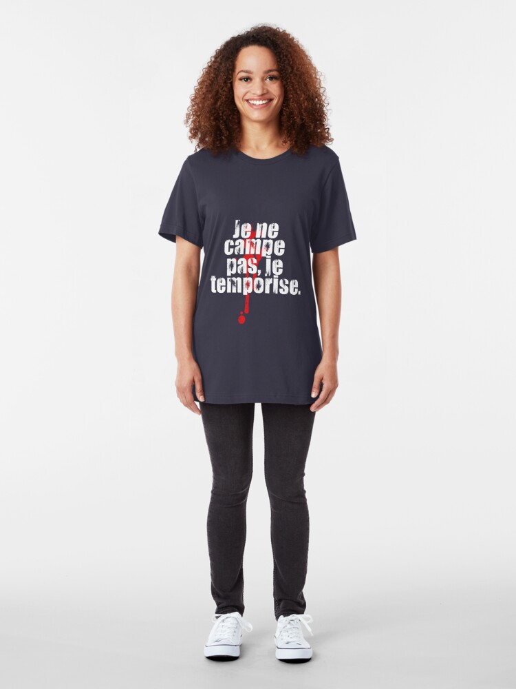 Vista alternativa de Camiseta ajustada Je ne campe pas.