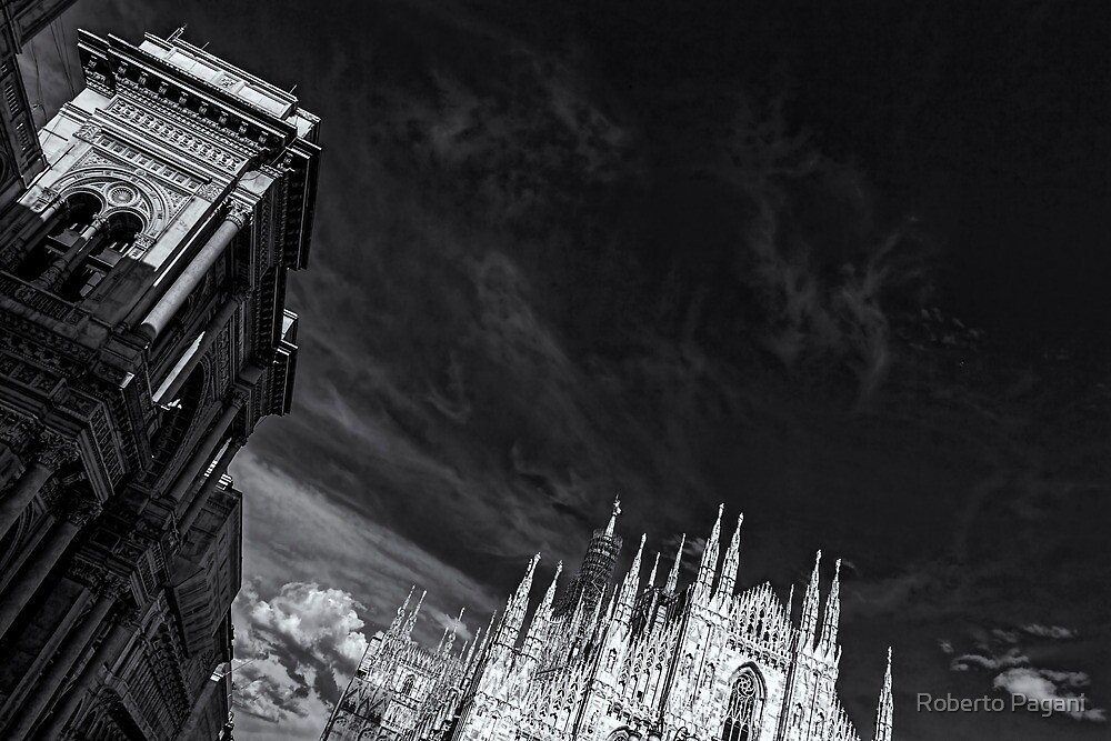 The sky over cathedral by Roberto Pagani