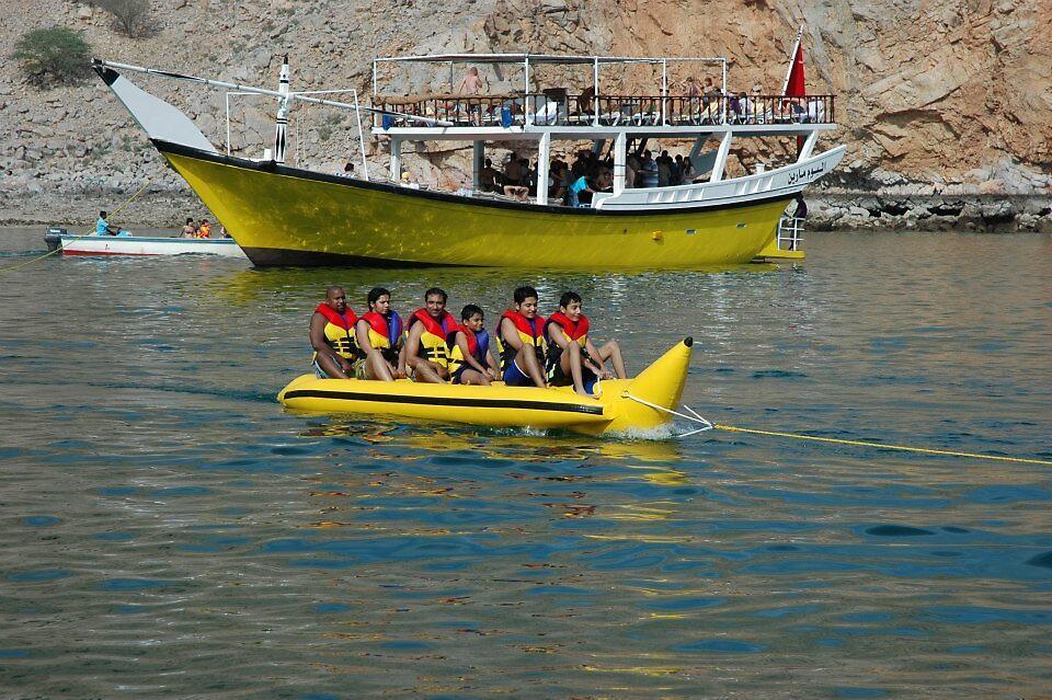 Banana Boat by rana10