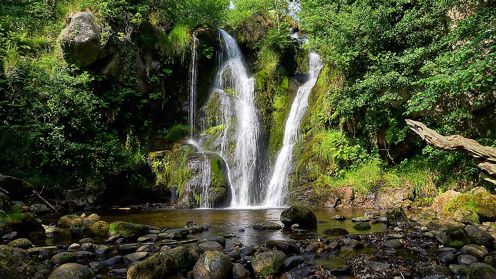 Posforth Gill Force, Midges, Heat, Humidity, but above all beauty by InstituteFUF