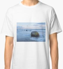 Moeraki Boulders _ New Zealand Classic T-Shirt
