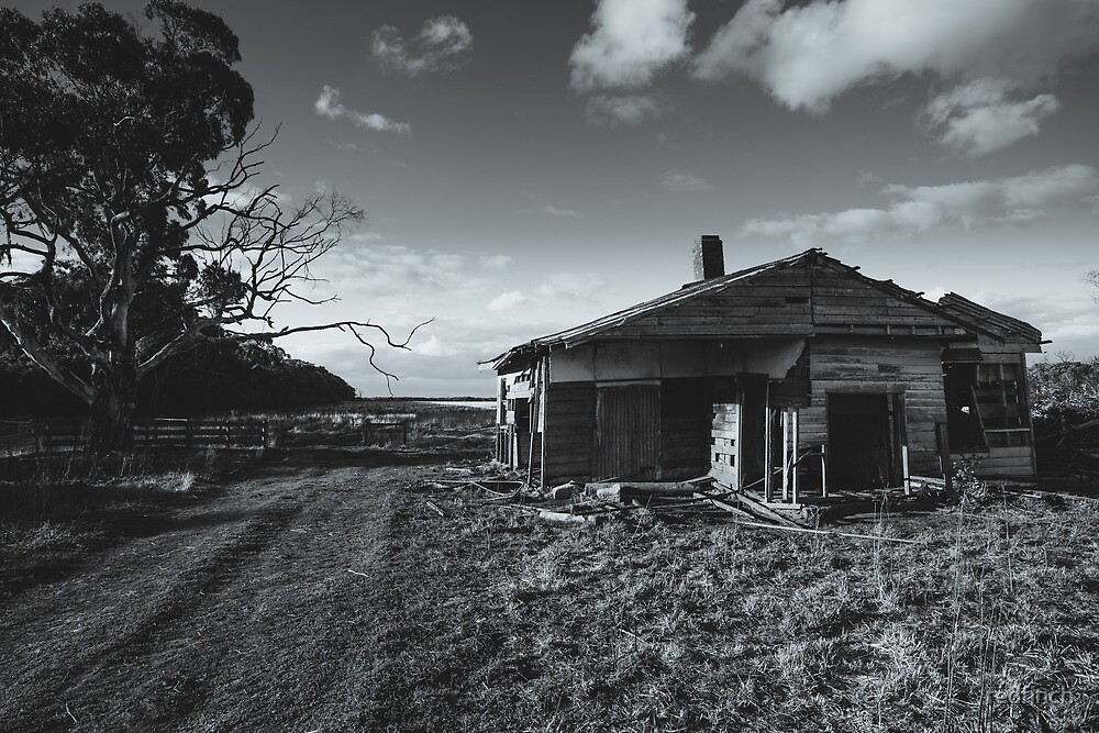 Old farm house... by redfinch