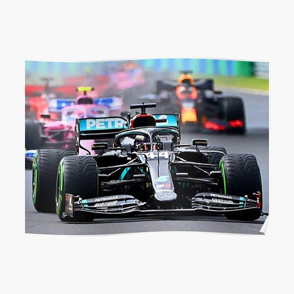 Lewis Hamilton devant Lance Stroll et Max Verstappen lors du départ du Grand Prix de Hongrie 2020 Poster