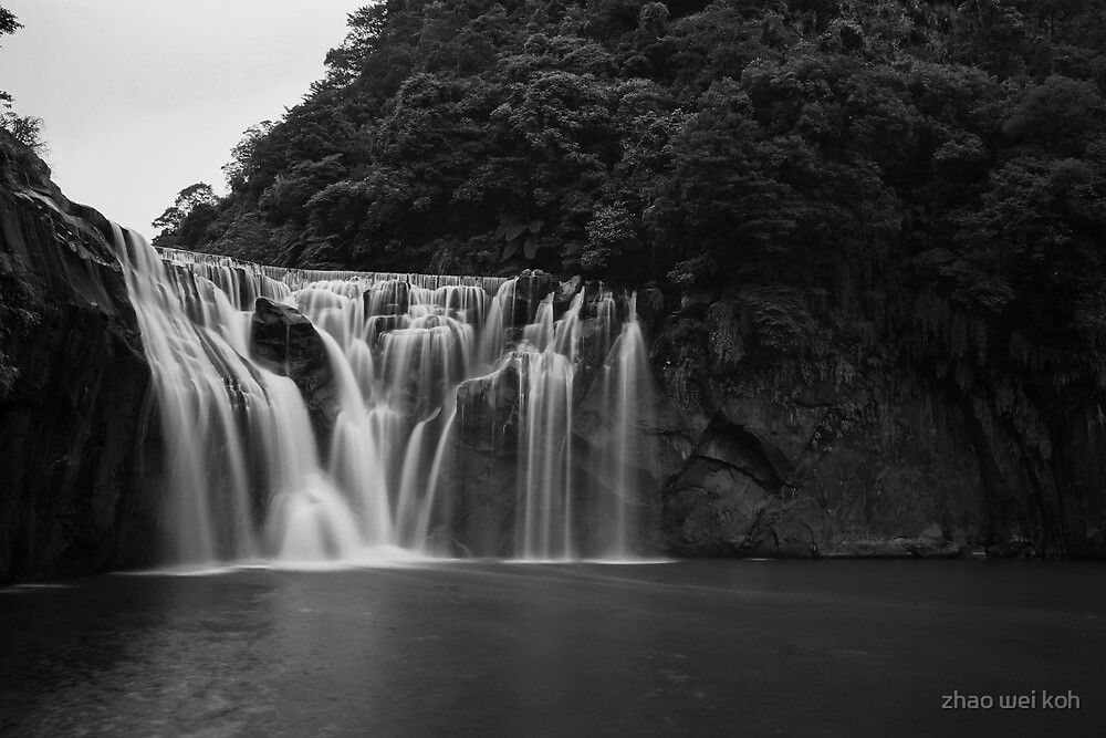 Shifen Waterfall by zhao wei koh