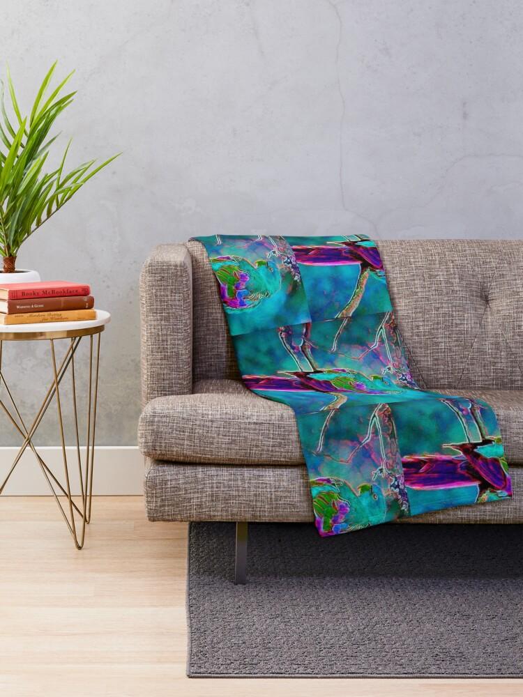 Alternate view of BIRD ON A LIMB Throw Blanket