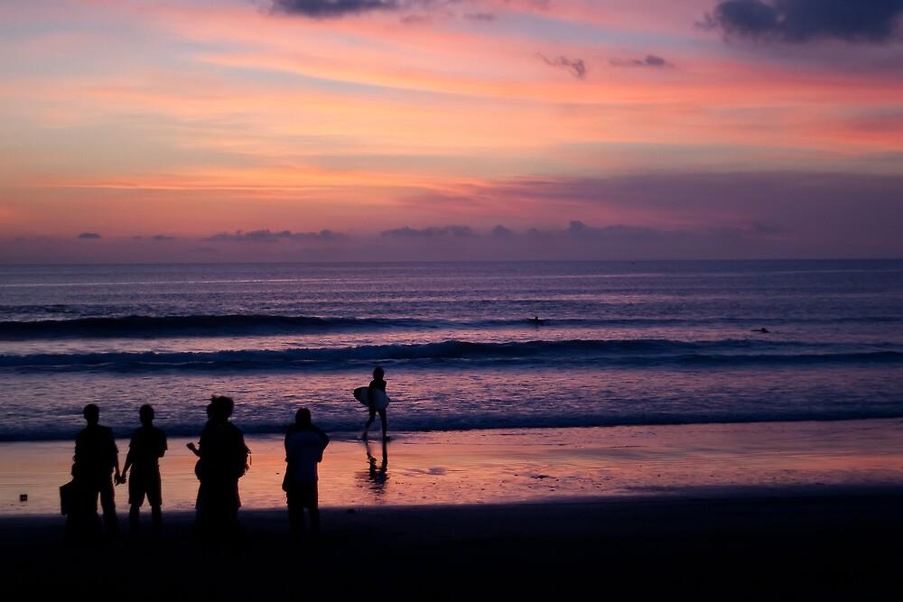 Sunset on Kuta Beach by jaymephoto