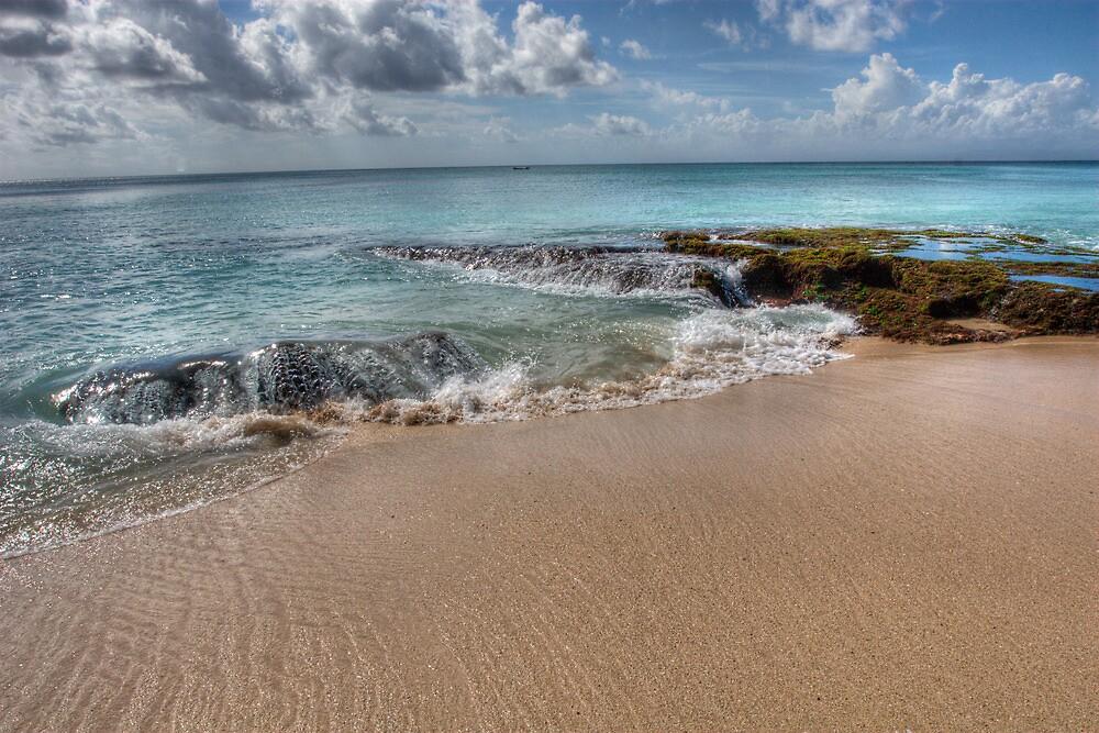 Dreamland Beach by jaymephoto