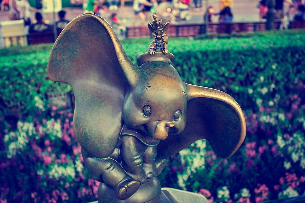 Dumbo by Ageness