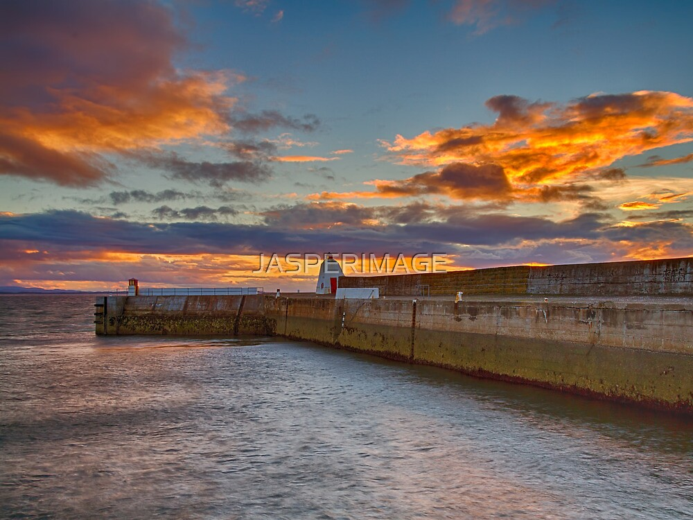 BURGHEAD - THE HARBOUR PIER AT SUNSET by JASPERIMAGE