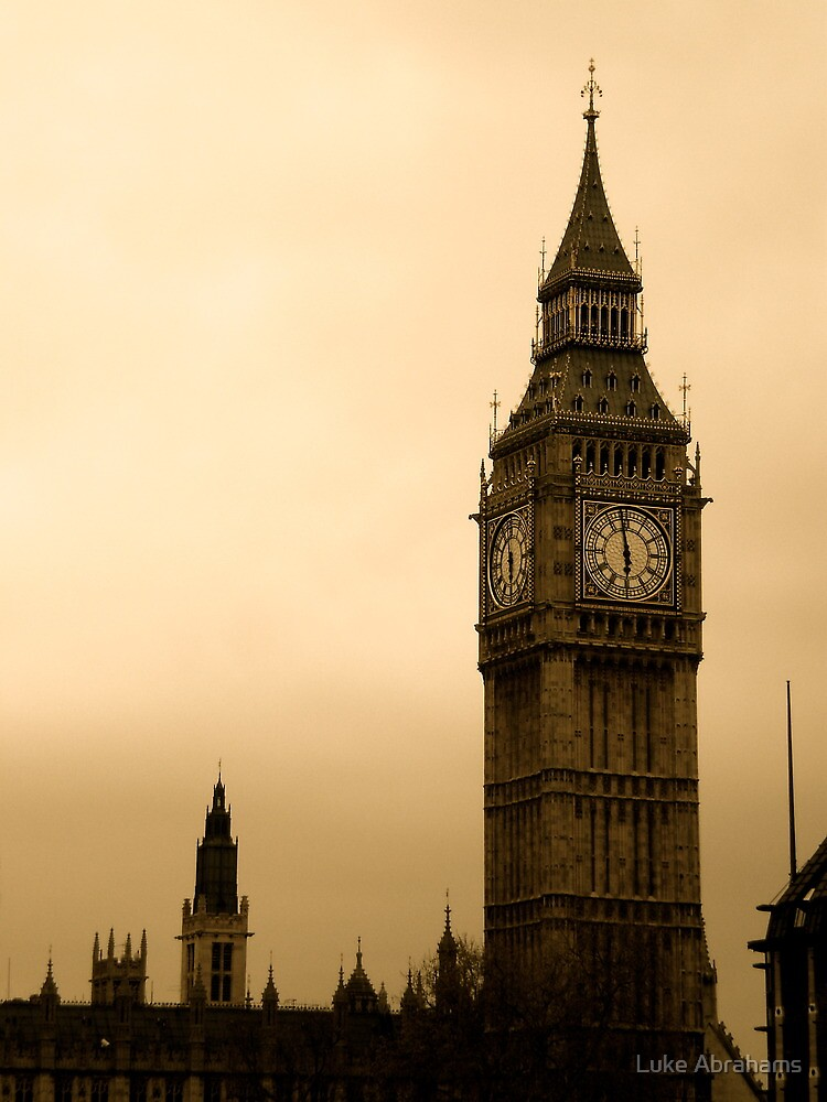 Big Ben by Luke Abrahams