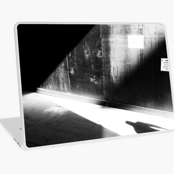 Enter the noir Laptop Skin