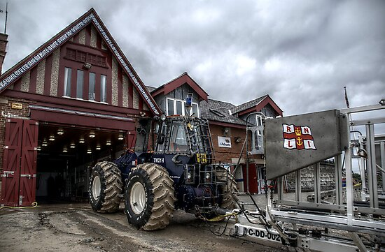 Cullercoats RNLI Tractor by Andrew Pounder