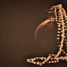 Flowing pearls  by Jessica Britton