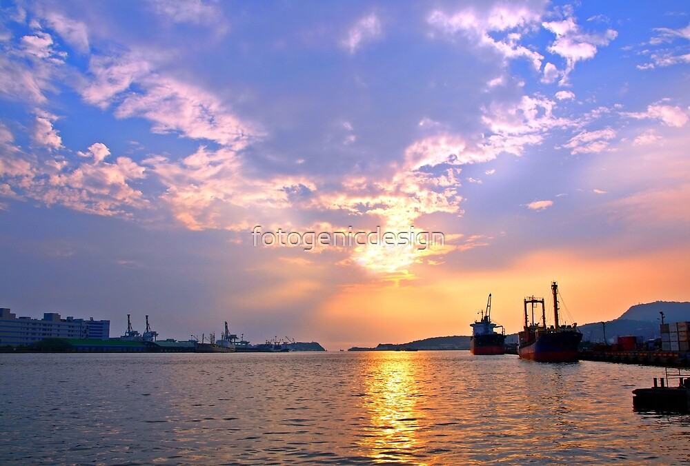 Kaohsiung Harbor at Sunset by fotogenicdesign