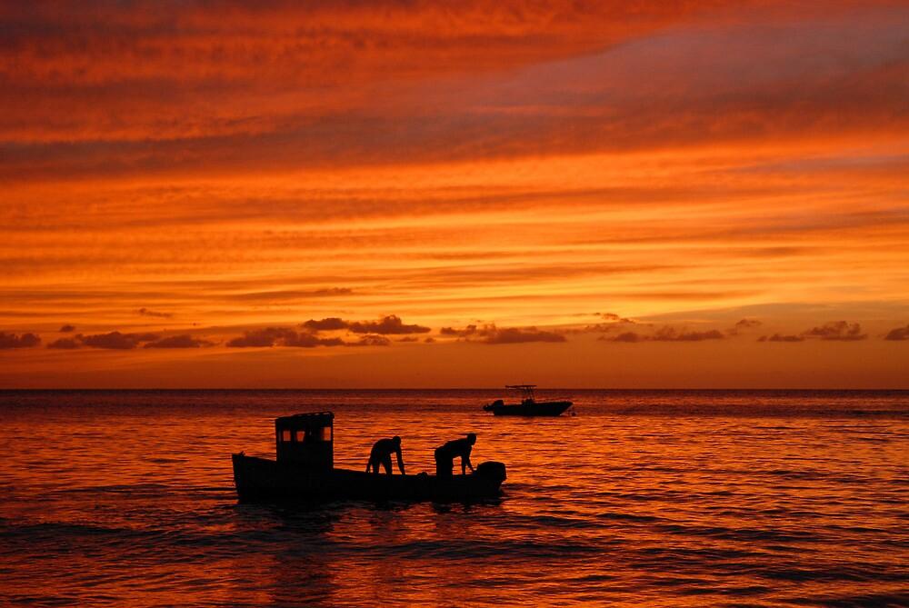 Fishermen go to work by walkda