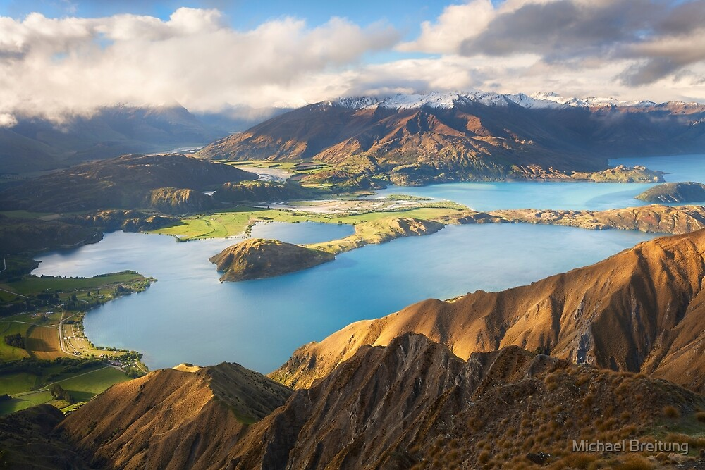 Wanaka Mountains by Michael Breitung