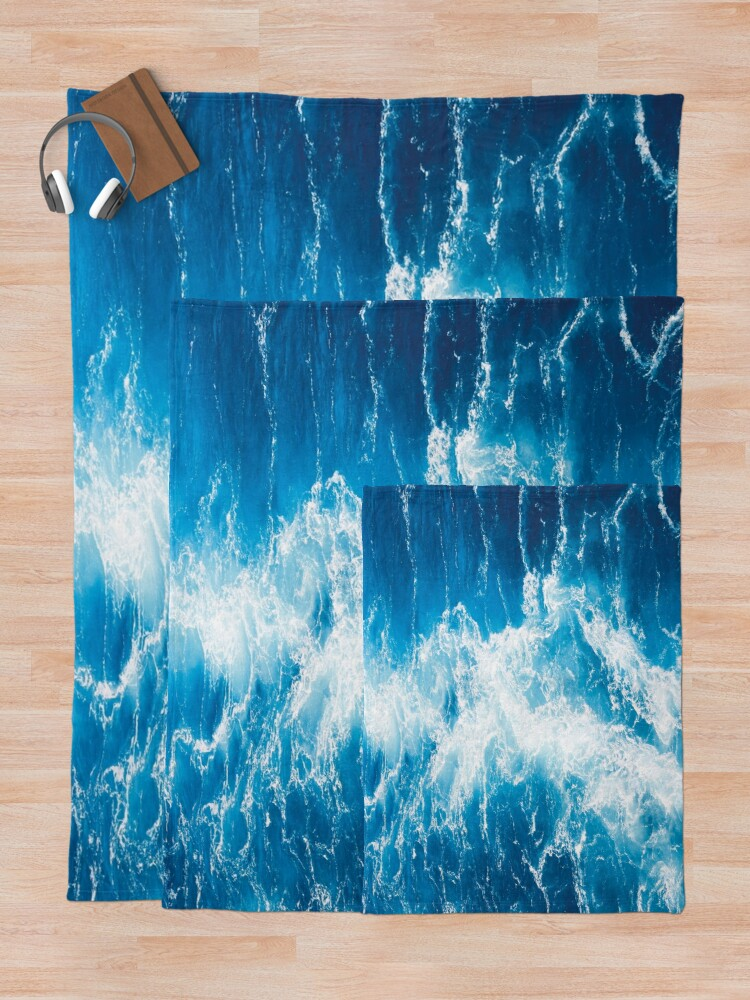 Alternate view of Blue sea Throw Blanket