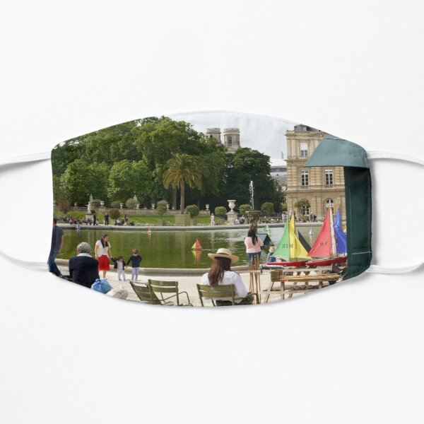 Luxembourg Gardens 15 Flat Mask