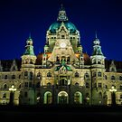 night shot of the town hall of hanover by dirk hinz