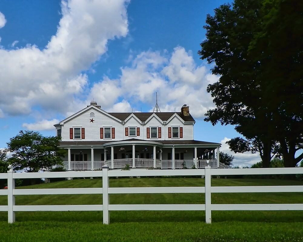 Farmhouse in the Country by PineSinger