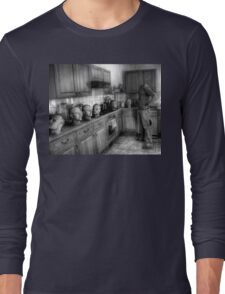 Where the hell is Sunday? Long Sleeve T-Shirt