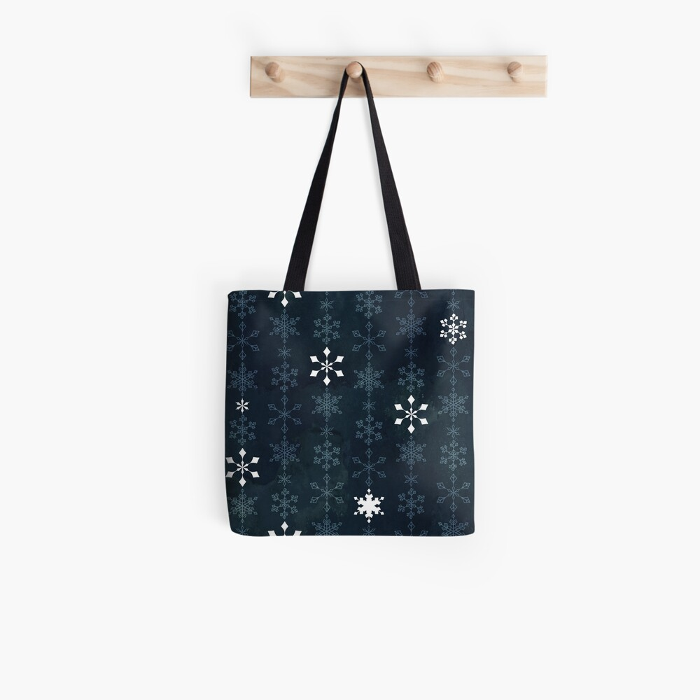 Snowflake crystals chain Tote Bag