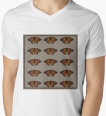 chocolate naive butterfly  T-Shirt