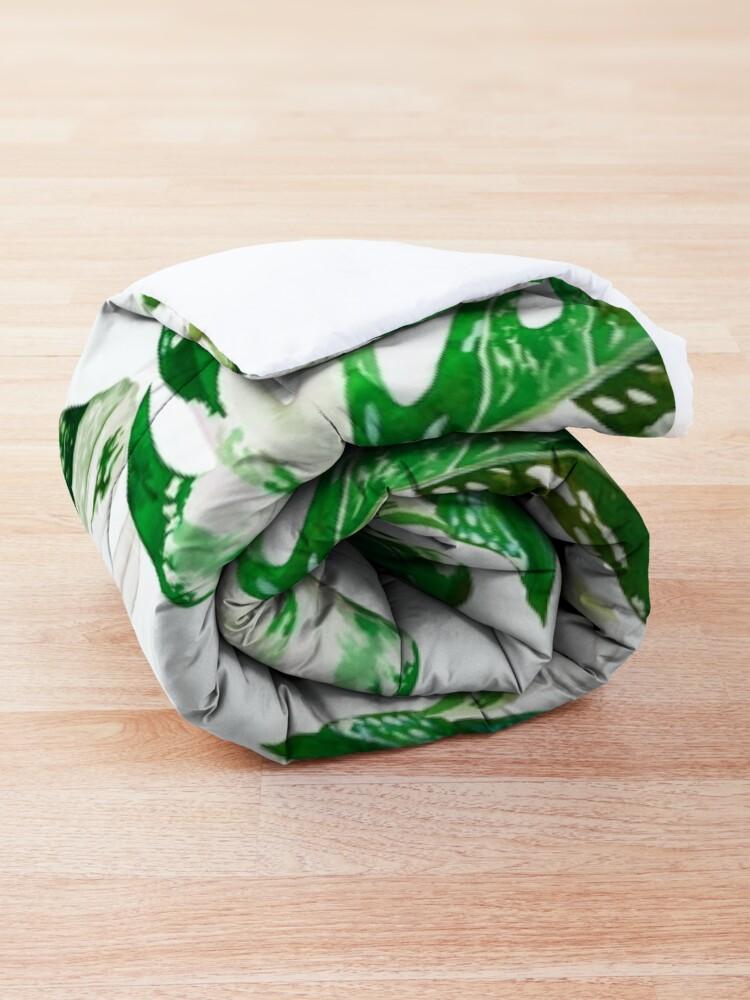 Alternate view of Monstera Albo  Comforter