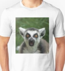 shocked lemur Unisex T-Shirt