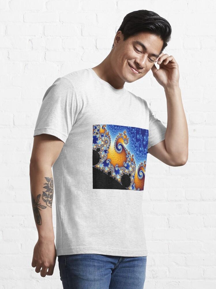 Alternate view of Mandelbrot set Essential T-Shirt