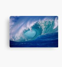 Powerful Hawaiian North Shore Wave Canvas Print