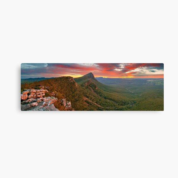 Dawn over Signal Peak, Grampians, Victoria, Australia Canvas Print