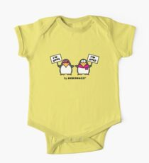 I am cool, I am cold (Two penguins) One Piece - Short Sleeve