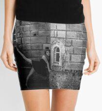 Minifalda The walls of Cybele