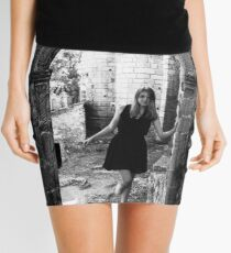 Minifalda Entering Cybele's town