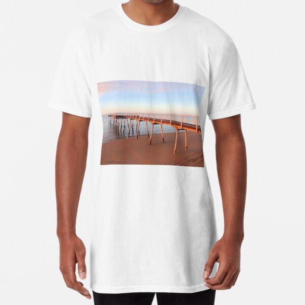 Torquay Pier, Harvey Bay, QLD, Australia Long T-Shirt