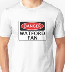 DANGER WATFORD FAN, FOOTBALL FUNNY FAKE SAFETY SIGN Slim Fit T-Shirt