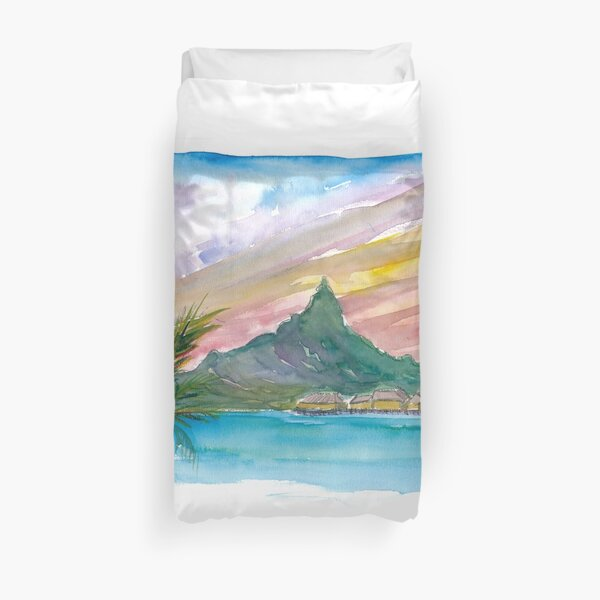 Rêves polynésiens de Tahiti avec cabanes et montagnes Housse de couette