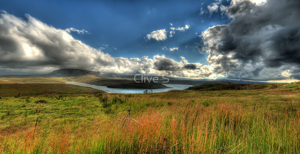 U-Bend Panoramic by Clive S