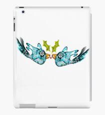 BluE WiNTER sNOW bIRDs (PEACE ON EARTH) iPad Case/Skin