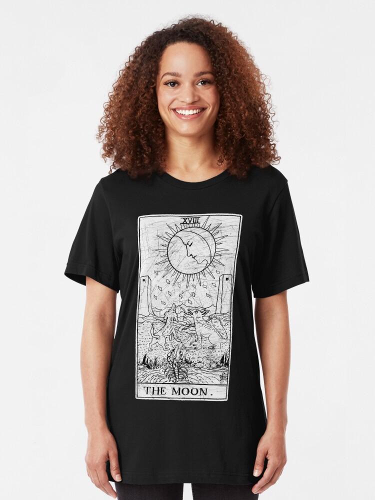 Alternative Ansicht von Die Mond Tarot Card - Major Arcana - Wahrsagerei - okkult Slim Fit T-Shirt