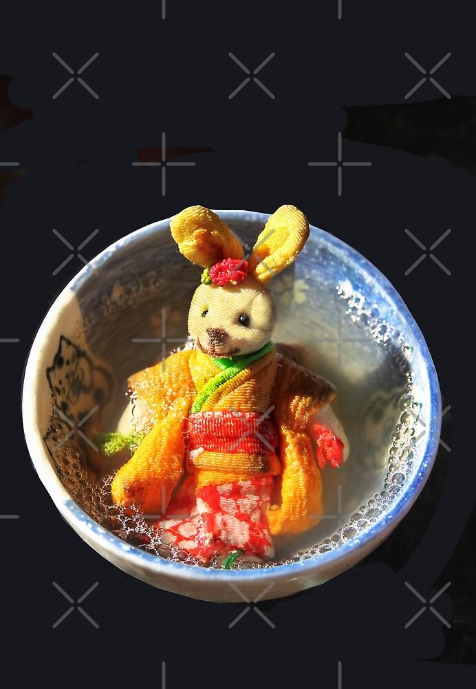 Geisha Bunny in The Bath ...バースの芸者 by Heather Friedman