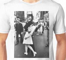 Times Square V/J-Day Kiss Unisex T-Shirt