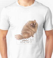 Dog/Pomeranian Lover: I'm Sexy & I Know It  T-Shirt