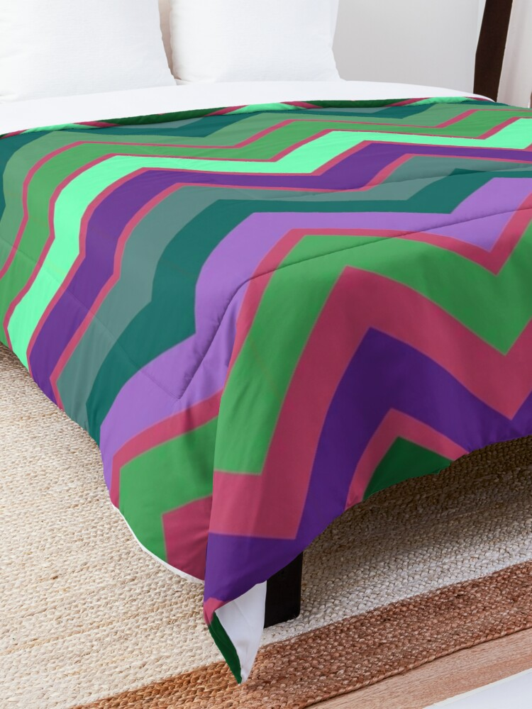 Alternate view of Cute Retro Stripe Decor Pattern Comforter