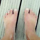 Summer feet by OLIVER W