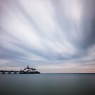 Eastbourne pier - 10minute exposure by willgudgeon