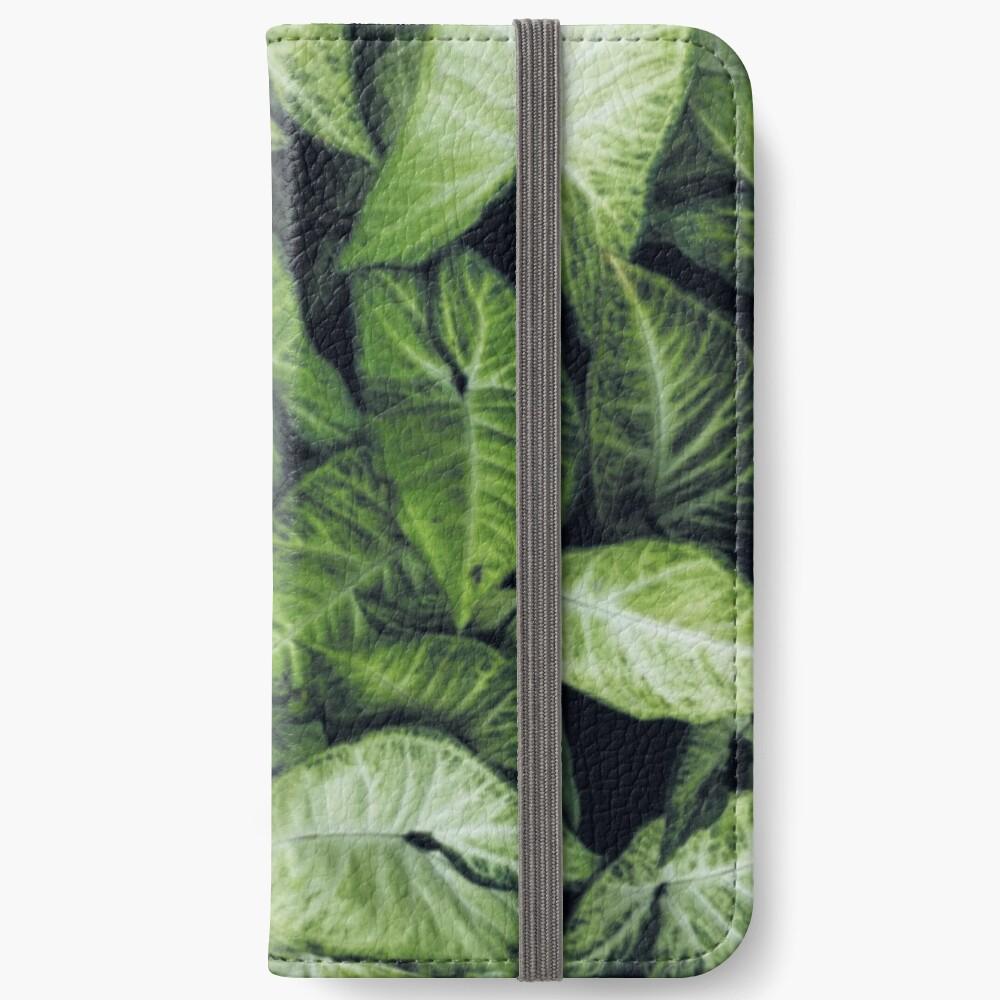 Green leaves iPhone Wallet