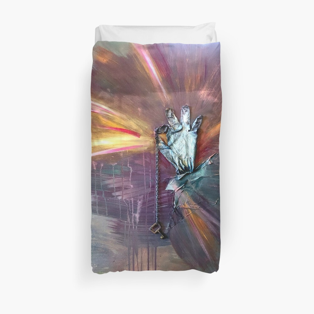 The key to happiness Duvet Cover
