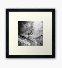 Les nuages et la basilique Framed Print
